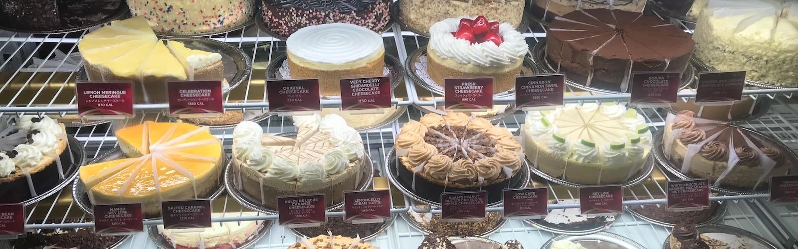 The Cheesecake Factory Waikiki, Best Dessert in Waikiki, Oahu, Hawaii