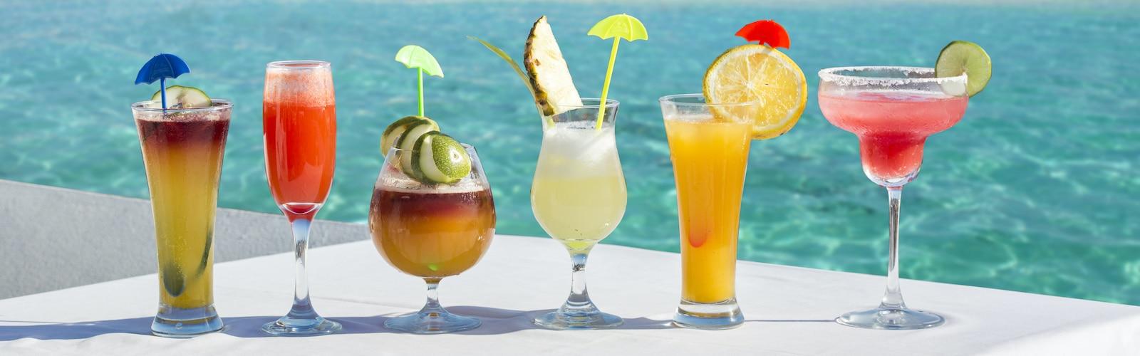 Best Happy Hours in Waikiki, Oahu, Hawaii