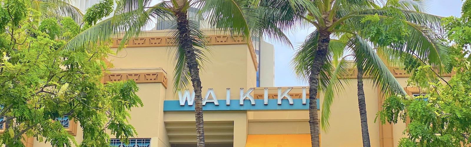 Waikiki sign on Kalakaua Avenue, Waikiki, Honolulu, Oahu