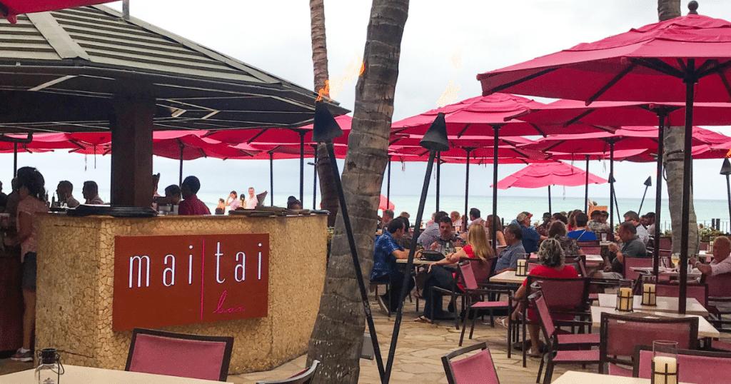 Mai Tai Bar, Royal Hawaiian Resort, Outdoor Dining Venues in Waikiki