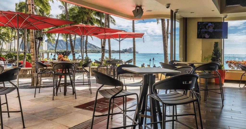 RumFire Waikiki, Sheraton Waikiki Hotel, Outdoor Dining Venues in Waikiki